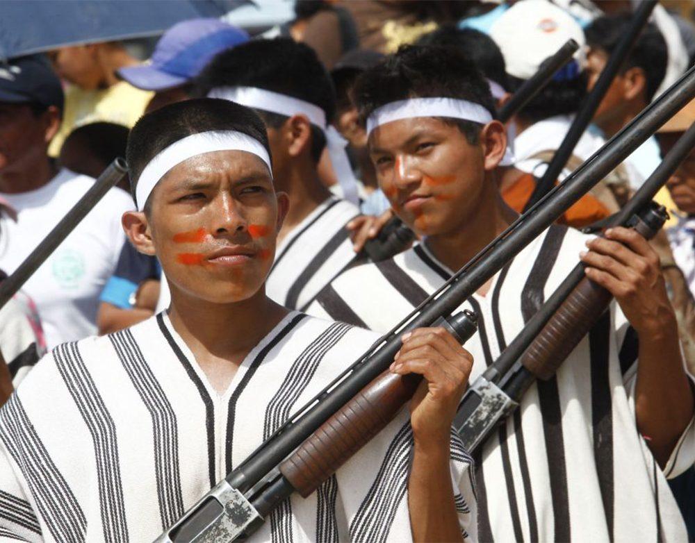 Indigena armado